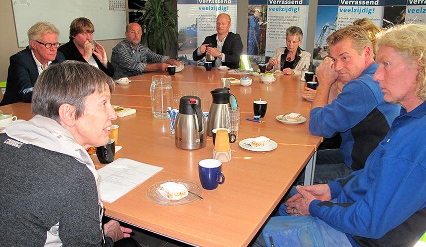 Staatssecretaris Klijnsma bezoekt een van de deelnemende bedrijven aan Nieuw Werk in de MUG-gemeenten